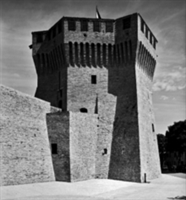 Francesco di Giorgio Martini's Fortress Complexes