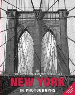 New York in Photographs: Includes 24 Framable Images